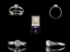 Vintage 18ct White Gold & Platinum .90CT Diamond Engagement Ring