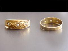 Antique 18ct Gold Triple Diamond Wedding Ring