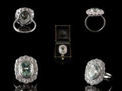 Vintage 18ct & Platinum Aquamarine & Diamond Art Deco Ring